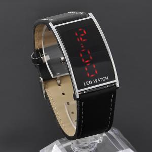 Мъжки дигитален часовник с LED подсветка