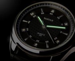 Изискан сребист мъжки часовник с полускъпоценни камъни