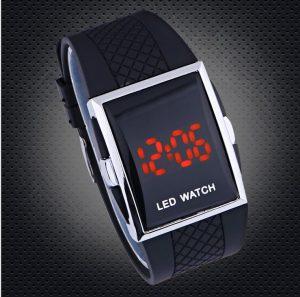 Мъжки черен електронен часовник