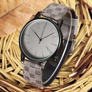 Сив мъжки часовник от естествена кожа