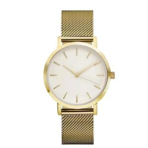 Златен часовник със стоманена верижка